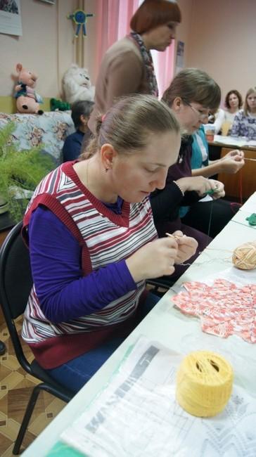 Юлия на занятиях в мастерской